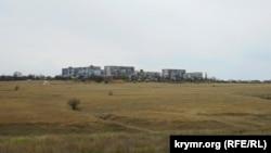 Вид на Школьное с трассы Симферополь-Евпатория