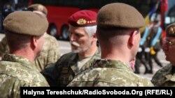 Голова Військового комітету НАТО Петр Павел (в центрі) під час візиту Військового комітету НАТО до Львова, 18 квітня 2018 року