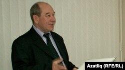 Роберт Мутин