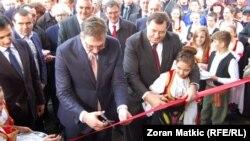 Šamac: Dodik i Vučić otvorili školu u Crkvini