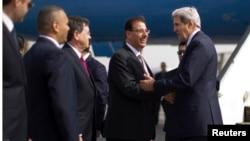 وزير الخارجية الأميركي جون كيري خلال زيارته الى القاهرة