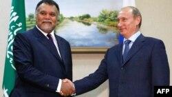 ولادیمیر پوتین و بندر بن سلطان رئیس سازمان اطلاعات سعودی