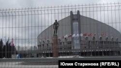 На площадь перед Дворцом спорта имени Ярыгина теперь так просто не попасть