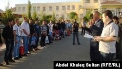 عدد من السجناء الذين شملهم العفو العام