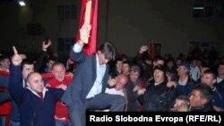 Зиадин Села ја славеше изборната победа и по минатиот круг.07 април 2013