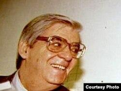 Romania - Sorin Cunea, RFE/RL Romanian Service editor, 1991