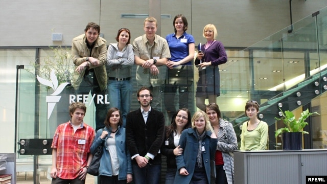 Czech Republic -- Palacky University students visit RFE/RL Headquarters. Prague, May 7, 2010.