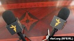 پرسوشنود ژکفر احمدی بامراد ویسی، روزنامه نگار رادیو فردا بخش ایران رادیو آزادی/رادیو اروپای آزاد