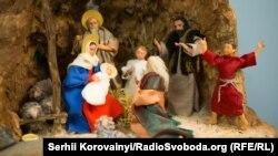 Рождественский Вертеп в храме Святой Софии в Киеве. Фото Сергий Коровайный (RFE/RL)