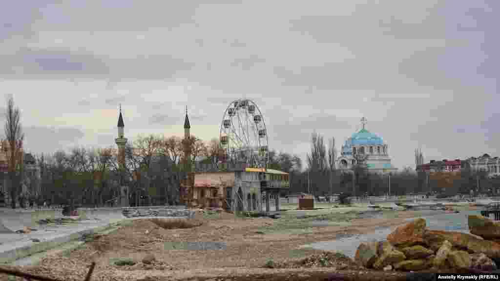 Реконструкцію набережної імені Терешкової, що почалася в лютому 2018 року, минулого місяця відклали до кращих часів