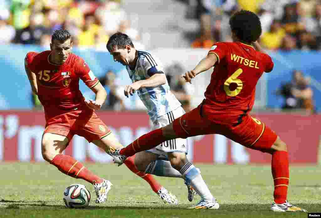 Ҷараёни бозии тими футболи Аргентина бо Белгия дар давраи чорякниҳоии Ҷоми ҷаҳон 2014, ки бо ҳисоби 0-1 ба фоида Аргентина анҷом ёфт.