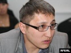 Саясаттанушы Мұхит Асанбаев.