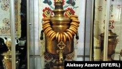 Ənənəvi rus samovarı.