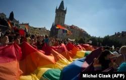Гей-парад в Праге в августе прошлого года
