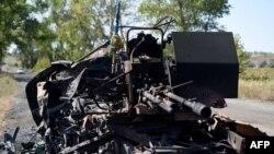 Знищена військова техніка недалеко від Іловайська. 3 вересня 2014 року