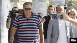 """Бизнисменот Силјан Мицевски пред да даде исказ за случајот """"Рекет""""."""