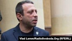 УКРОП партиясының жетекшісі Геннадий Корбан. Днепропетровск, 25 қазан 2015 жыл.