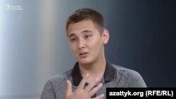 Блогер Элмирбек Сыдыманов.