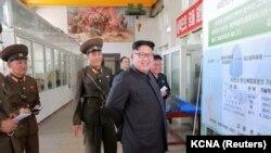 چند مقام ارشد بریتانیایی به تلگراف گفتهاند که این فرض که کره شمالی به تنهایی به پیشرفتهای اتمی اخیر رسیده «معتبر نیست».