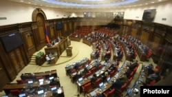 Armenia -- The National Assembly meets to elect Serzh Sarkisian prime minister, 17Apr2018