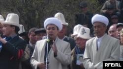 Бишкек, апрель 2010 г.
