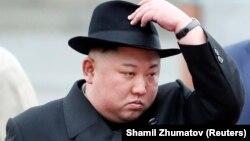 رهبر کره شمالی در این عکس در جریان سفر اخیر به روسیه دیده میشود