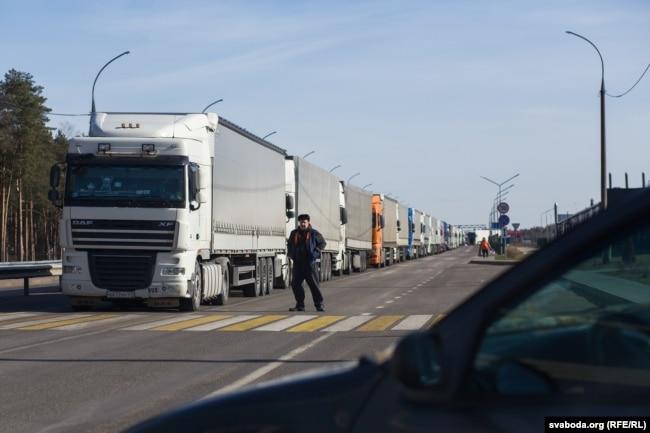 Международные перевозки затягиваются как минимум на неделю