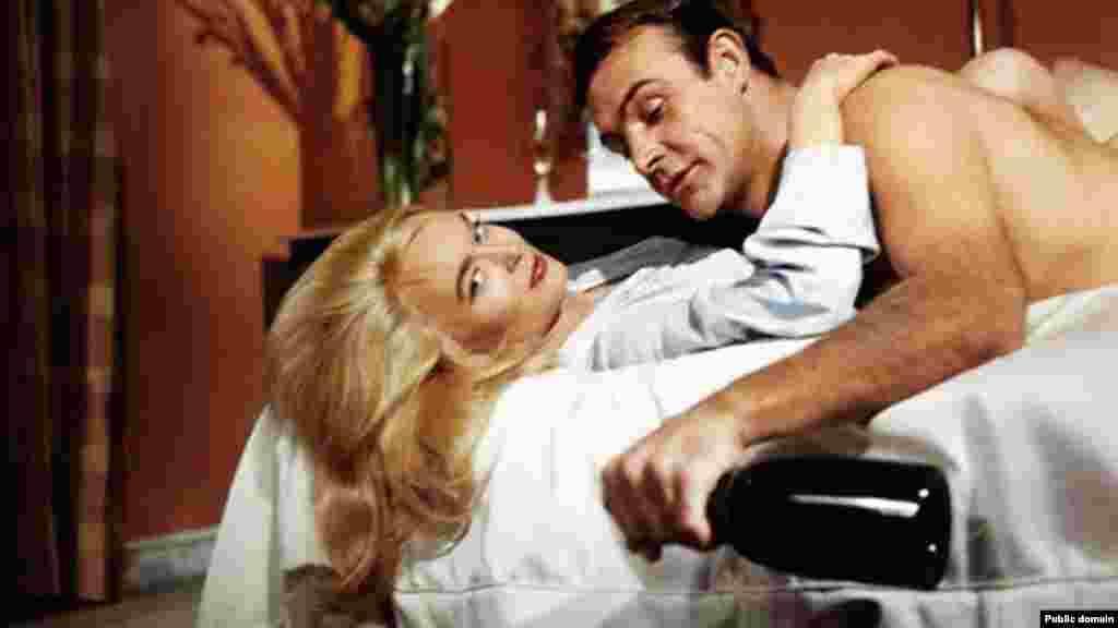 Sean Connerynek semmiféle színészi képesítése nem volt - csak kiváló színészi adottságai, így sem a nézők, sem a kritikusok nem tudták beskatulyázni.