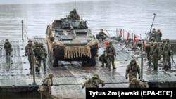 Вучэньні NATO у 2018 годзе, ілюстрацыйнае фота