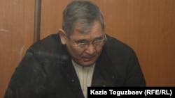 Абдырзак Ильясов, бывший начальник регионального управления «Батыс» пограничных войск КНБ, генерал-майор. Алматы, 30 декабря 2013 года.