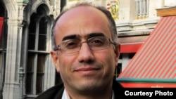 مرتضی کاظمیان، تحلیلگر سیاسی مقیم پاریس