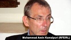 Комиссар Евросоюза по развитию Андрис Пиебалгс. Кабул, 20 июня 2011 года.