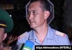 Заместитель главного военного прокурора Тлеу Жангарашев. Ушарал, 26 июля 2012 года.