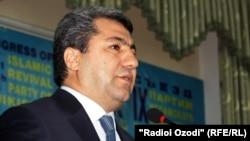Муҳиддин Кабирий Тожикистон Ислом уйғониш партиясини 2006 йилдан буён бошқариб келмоқда.