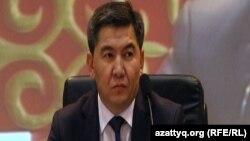 Министр образования и науки Аслан Саринжипов.