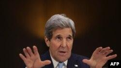 АҚШ мемлекеттік хатшысы Джон Керри Конгресте ИМ-мен күрес туралы айтып тұр. АҚШ, 9 желтоқсан 2014 жыл.