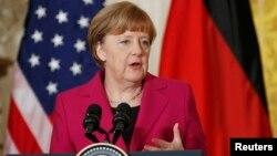 Канцлер ФРН Анґела Меркель під час прес-конференції у Вашингтоні. 9 лютого 2015 року