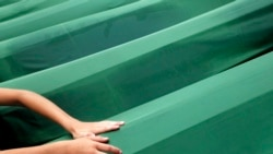 Продолжение политики: Сребреница - 6066 надгробных камней