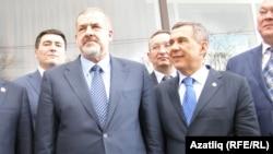 Председатель Меджлиса крымскотатарского народа Рефат Чубаров и президент Татарстана Рустам Минниханова в Симферополе. Крым, 5 марта 2014 года