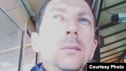Рубинчо Аризанкоски, граѓански активист и член во здружението Достоинствен работник