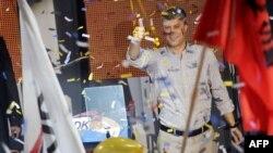 Претседателот на Демократската партија на Косово и премиер во оставка Хашим Тачи