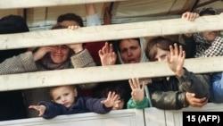 Мусульманские беженцы из Сребреницы, 1993 год