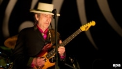 Bob Dylan gjatë një koncerti