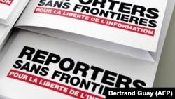 Крім того, за даними «Репортерів без кордонів», на даний час у світі 348 журналістів перебувають в ув'язненні, а 60 – утримують у заручниках