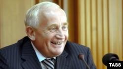 Губернаторская карьера Виктора Кресса началась почти одновременно с историей независимой России
