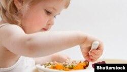 Plani i Ministrisë së Shëndetësisë për të ushqyerit ka për qëllim përmirësimin e gjendjes shëndetësore sidomos për nënat dhe fëmijët.