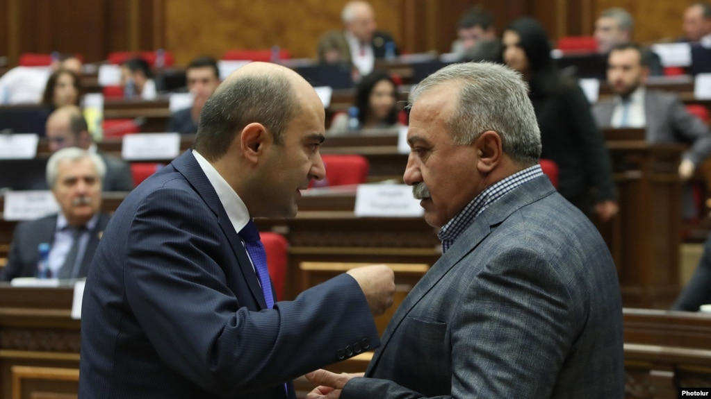 АРМЕНИЯ: По факту высказываний Сасуна Микаеляна в адрес брата Марукяна возбуждено уголовное дело
