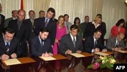 Potpisivanje Ohridskog sporazuma, avgust 2001