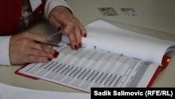 Među zabilježenim nepravilnostima i zloupotreba ličnih podataka u svrhu glasanja putem pošte