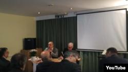 تشکل «اتحاد برای دمکراسی در ایران»، روز شنبه،همایشی را تحت عنوان «مدیریت گذار از جمهوری اسلامی» را در لندن برگزار کرده است.